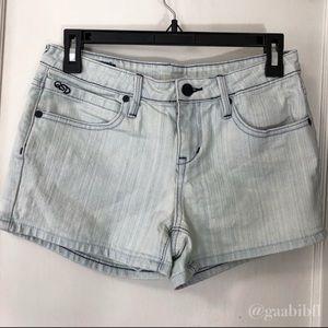 Quiksilver Light Wash Jeans Size 25